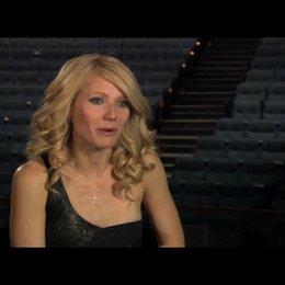 """Gwyneth Paltrow (""""Kelly Canter"""") über ihre erste Reaktion auf das Drehbuch - OV-Interview Poster"""