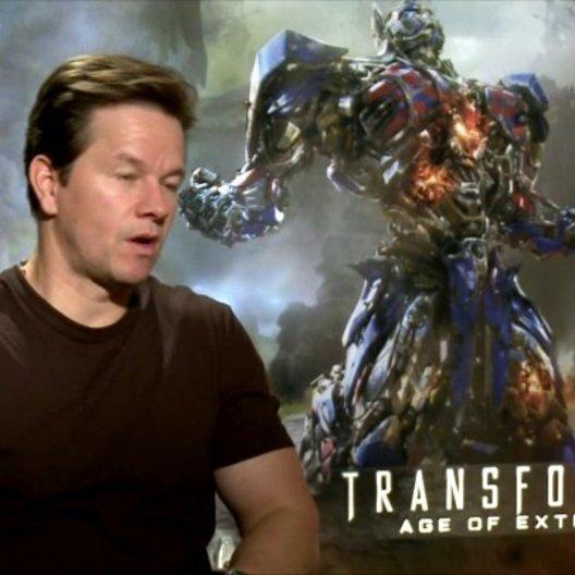 Mark Wahlberg - Cade Yeager - über das Drehbuch - OV-Interview Poster