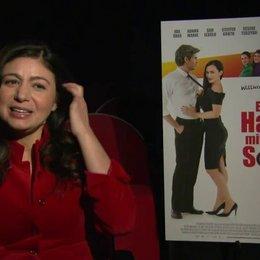 Hatice Akyün über Schuhtick, über Grilltick, über Idil Üner - Interview Poster