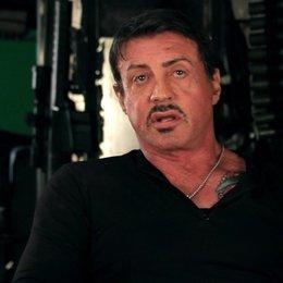 Sylvester Stallone -Barney Ross- über das, was einen großen Action-Film ausmacht - OV-Interview Poster