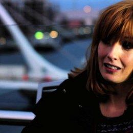 Kelly Reilly über die Beziehung zwischen James und Fiona - OV-Interview Poster