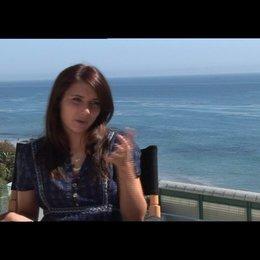 Roberts über ihre Rolle - OV-Interview Poster