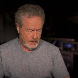 Ridley Scott über Sigourney Weavers Rolle - OV-Interview Poster