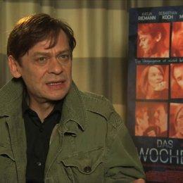 Sylvester Groth über die Drehvorbereitungen - Interview Poster