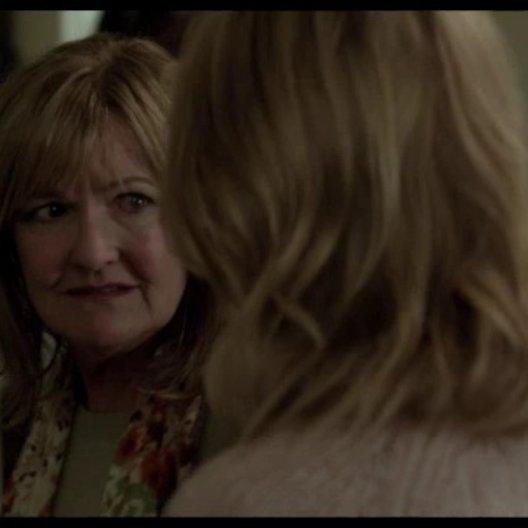 Gespräch zwischen Mutter und Tochter - Szene