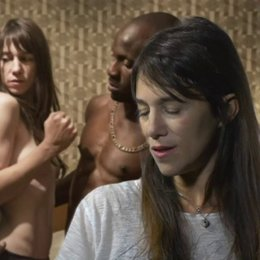 CHARLOTTE GAINSBOURG - Joe - über den Dreh der Sex-Szenen - OV-Interview Poster