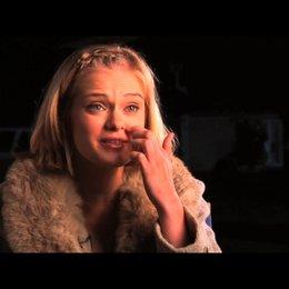 Sara Paxton über ihre Rolle - OV-Interview Poster