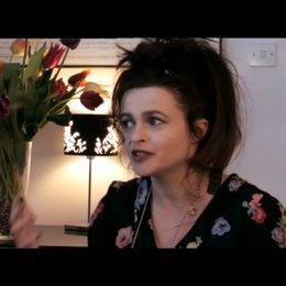 Helena Bonham Carter über den Limettenkuchen für Nigel Slater - OV-Interview Poster
