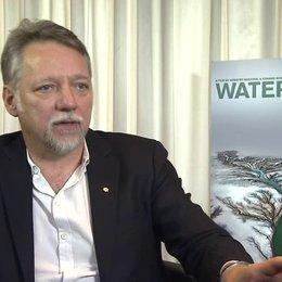 Edward Burtynsky - Regisseur - über das gemeinsame Filmprojekt 'Watermark' - OV-Interview Poster