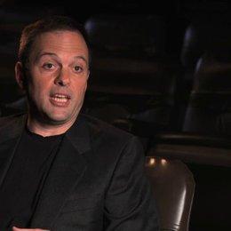 Benett Schneir über das Ouijabrett als Basiselement des Films - OV-Interview