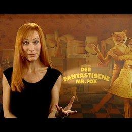Andrea Sawatzki über die stimmliche Anlage ihrer Rolle Mrs Fox - Interview Poster