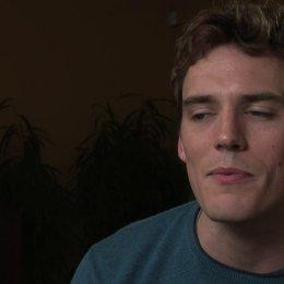 Sam Claflin über die Botschaft des Films - OV-Interview