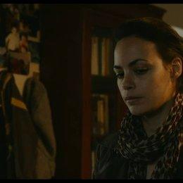 Marie und Samir sprechen über ihre Beziehung - Szene Poster