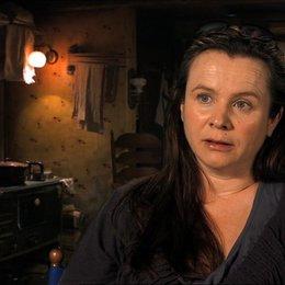 Emily Watson - Rosa - über die Rolle von Liesel in dem Film - OV-Interview Poster