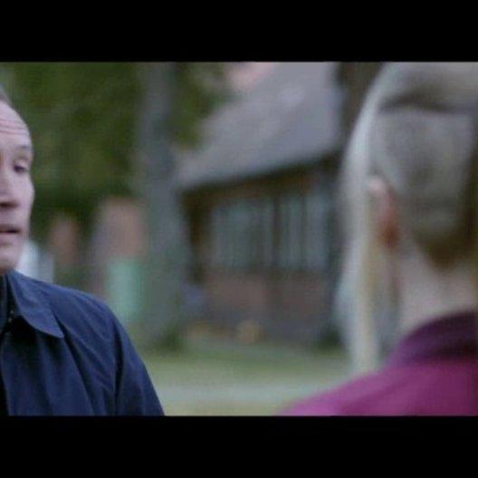 Doreen will, dass Sven in Polen einmarschiert - Szene