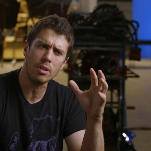 Toby Kebbell - Koba - über Terry Notary - OV-Interview Poster