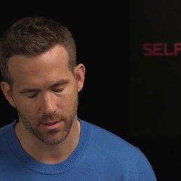 Ryan Reynolds - junger Damian - darüber was ihn an unorthodoxen Geschichten fasziniert - OV-Interview