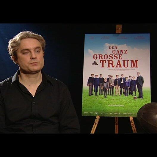 Sebastian Grobler (Regisseur) über Daniel Brühl - Interview Poster