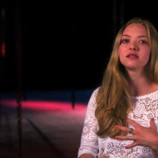 Amanda Seyfried über Hugh Jackman - OV-Interview