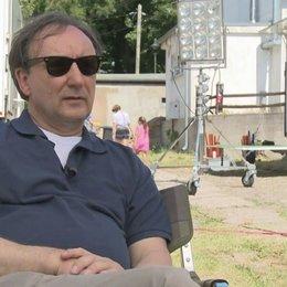 Rainer Bock über den Regisseur Maximilian Erlenwein - Interview Poster