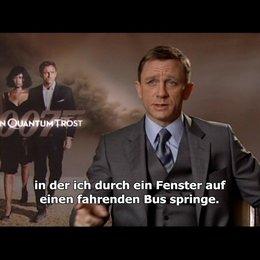 """Interview mit Daniel Craig zu """"James Bond 007: Ein Quantum Trost"""" Poster"""