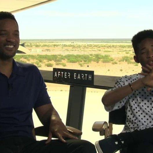 Will Smith und Jaden Smith über die Fähigkeit zu ghosten - OV-Interview Poster