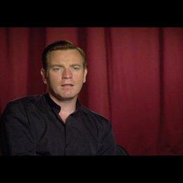 """Ewan McGregor (""""Camerlengo"""") über die Besetzung - OV-Interview Poster"""
