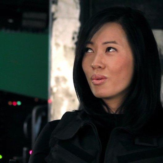 Yu Nan -Maggie- über die Besetzung - OV-Interview Poster