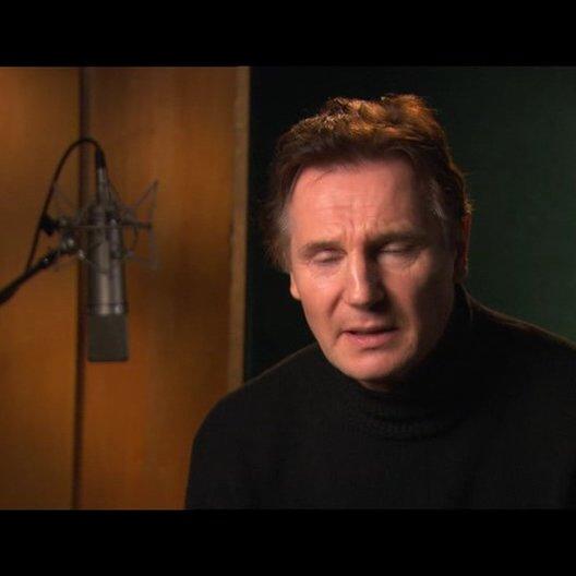 Liam Neeson über die Entdeckung der Bücher - OV-Interview