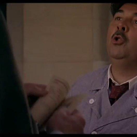 Monsieur Batignole - Held wider Willen - Trailer