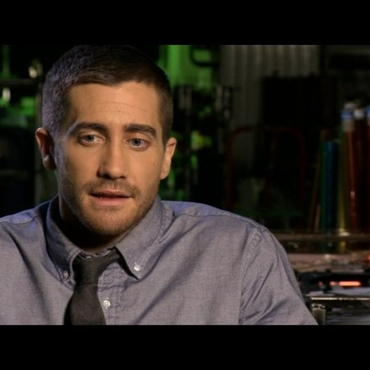 Jake Gyllenhaal (Colter Stevens) über die Ausgangssituation des Films - OV-Interview Poster