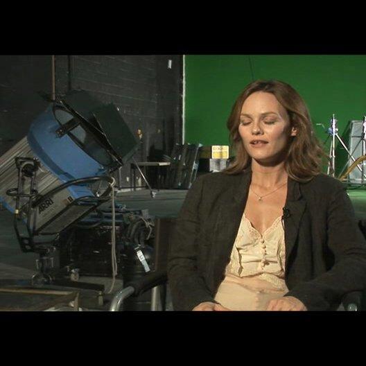 Vanessa Paradis über die Vorbilder für ihre Rolle - OV-Interview Poster
