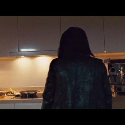 Lisbeth Salander wird wegen dreifachen Mordes gesucht - Szene Poster