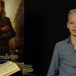 Nico Liersch - Rudi Steiner - über die Identifikation mit seiner Rolle - Interview Poster