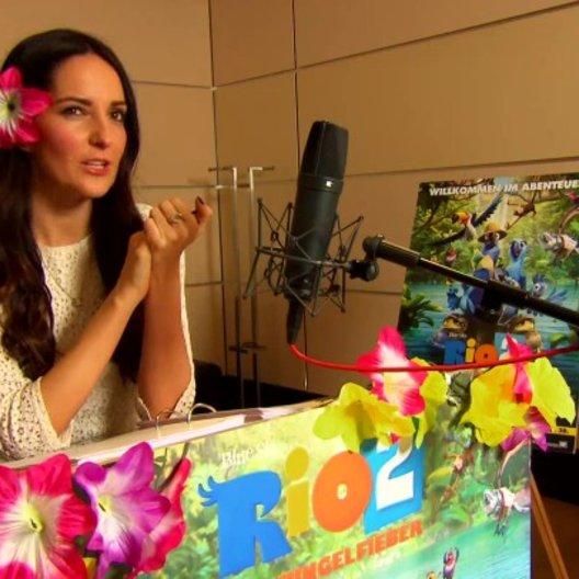 Johanna Klum - Jewel - über Roberto - Interview Poster