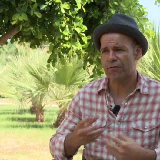 Mike Marzuk - Regisseur - darüber warum der Film in Tunesien gedreht wird - Interview Poster
