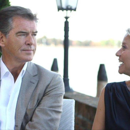 Pierce Brosnan und Trine Dryholm über Idas Rolle - OV-Interview