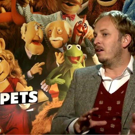 James Robin (Regisseur) über die Cameo Auftritte im Film - OV-Interview Poster