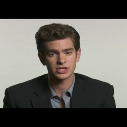 "Andrew Garfield (""Eduardo Saverin"") über David Fincher - OV-Interview Poster"