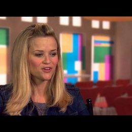 Reese Witherspoon - Lauren - über Chelsea Handler - OV-Interview Poster