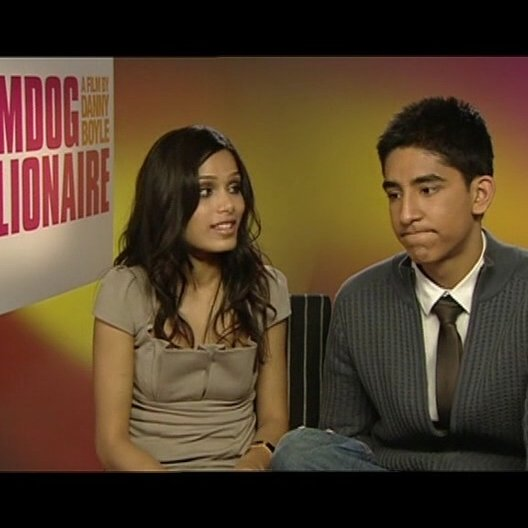 "Freida Pinto & Dev Patel ""Latika"" & ""Jamal"" - über den Erfolg - OV-Interview"
