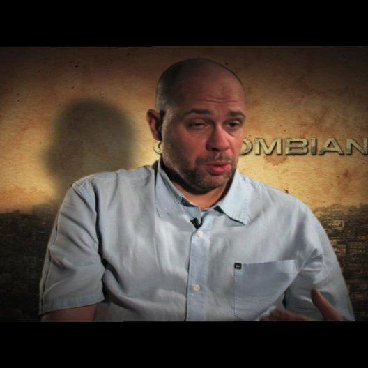 Olivier Megaton darüber was den Zuschauer erwartet - OV-Interview Poster