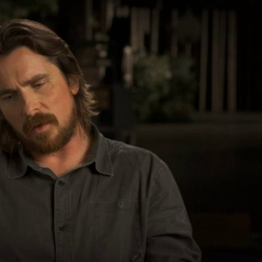 Christian Bale über die Grösse der Sets - OV-Interview