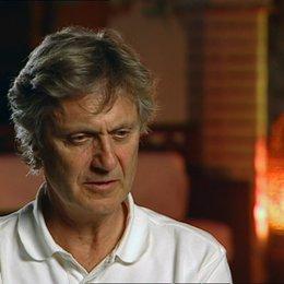 Lasse Hallström - Regisseur über die Themen des Films - OV-Interview Poster