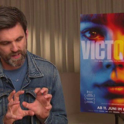Sebastian Schipper - Regisseur - darüber warum der Film ein One Take ist - Interview Poster