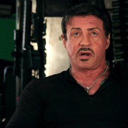 Sylvester Stallone -Barney Ross- über Regisseur Simon West - OV-Interview