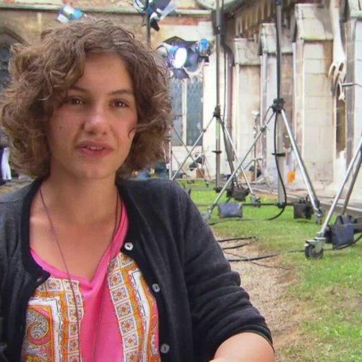 Valeria Eisenbart - George - über die Drehorte - Interview Poster