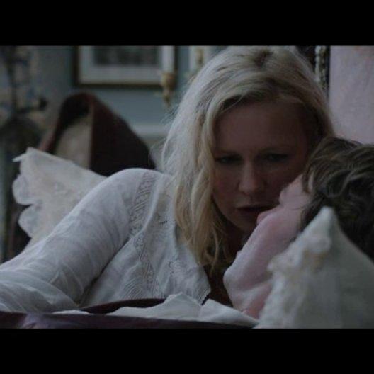Elisabeth spricht mit ihrem Verlobten John Watson - Szene Poster