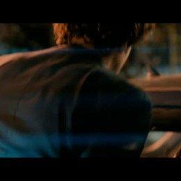 Thomas (Max Boublil) macht Lola (Mélanie Bernier) einen außergewöhnlichen Heiratsantrag - Szene