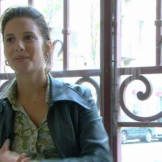 Melanie Laurent über die Dreharbeiten - OV-Interview Poster